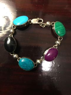 Vintage sterling silver multi-colored natural stone bracelet from Mexico. About 7 . See Maker s stamp in Additional pic.