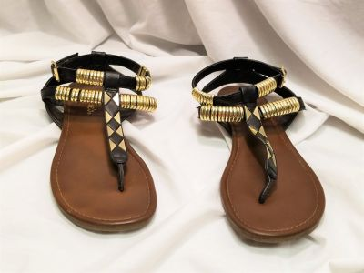 Candie's Black Gold Tone Gladiator 8 Strappy Buckle Sandals Summer Strap Thong Shorts Jeans T-St...