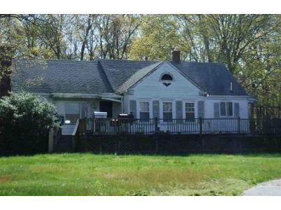 3 Bed 2 Bath Foreclosure Property in Swansea, MA 02777 - Sharps Lot Rd