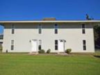 121 Lakewood Dr. #17 - Lease