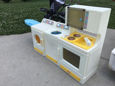 Little tikes vintage washer and dryer and kitchen