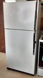 Old fridge - works great