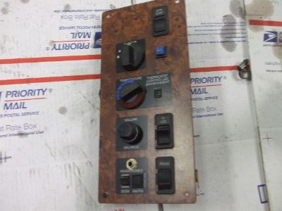Find 840 International Sleeper controls, 9200 9400 9800 9900 motorcycle in Batesville, Arkansas, US, for US $15.00