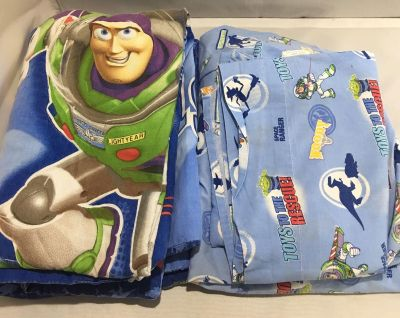 Disney Toy Story 3 Piece Crib / Toddler bed sheets & comforter set