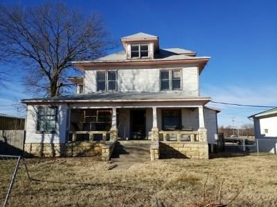 4 Bed 2 Bath Foreclosure Property in Junction City, KS 66441 - N Jackson St