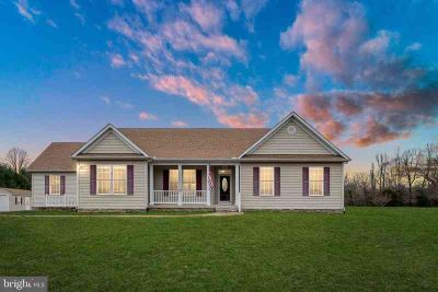 14070 Cleve Dr King George Four BR, this river access rambler