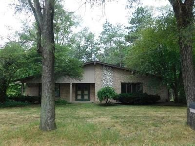 3 Bed 2 Bath Foreclosure Property in Hickory Hills, IL 60457 - S 78th Ct