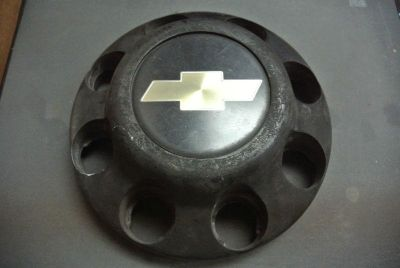 Find 1988 89 90 91 92 93 94 95 96 97 98 99 2000 Chevrolet 3500 Dually OEM Center Cap motorcycle in Hollywood, Florida, US, for US $28.99
