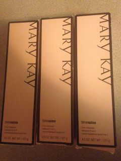 3 Mary Kay 3 in 1 timewise cleanser