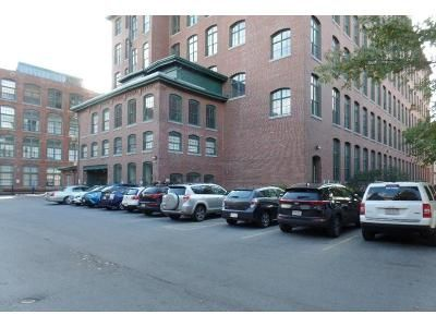 2 Bed 1.5 Bath Foreclosure Property in Lowell, MA 01852 - Market St Apt 403