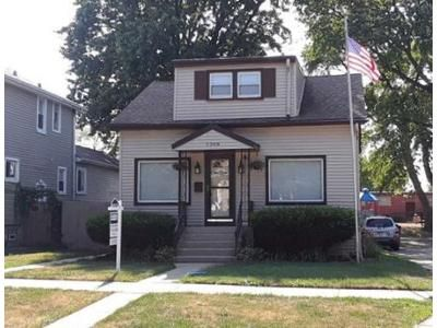 3 Bed 1 Bath Foreclosure Property in River Grove, IL 60171 - Grove St