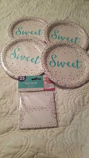 NEW- CONFETTI THEME PLATES & TENT CARDS