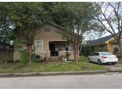 2 Bed 1 Bath Preforeclosure Property in Houston, TX 77011 - Avenue N
