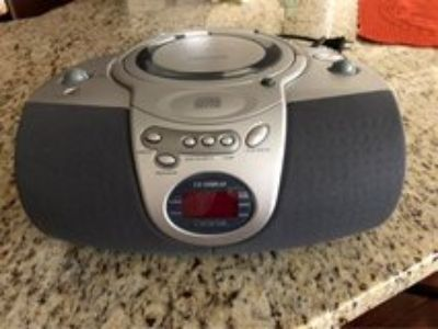 Lenox Sound CD Player-AM/FM Radio