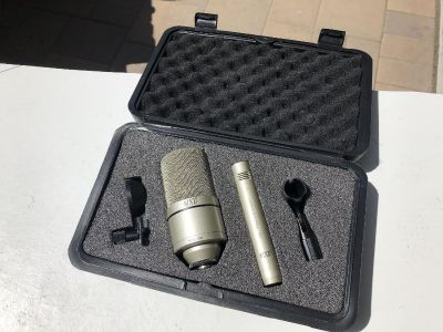 Marshall MXL 990/991 microphone set with case and mic stand adapters
