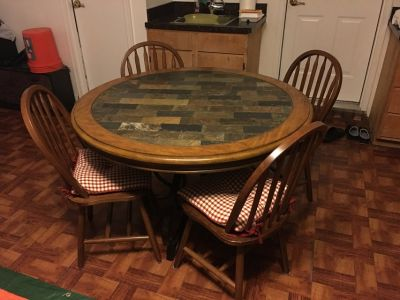 Wood/stone Table and chairs
