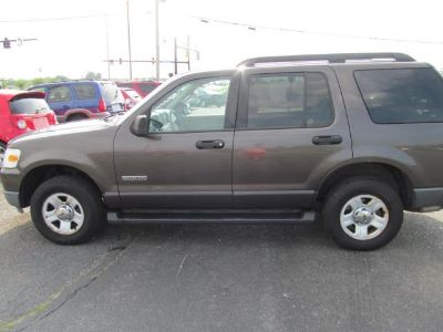 2006 Ford Explorer XLS (Gold)