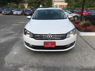 2012 Volkswagen Passat SEL PZEV (Candy White)