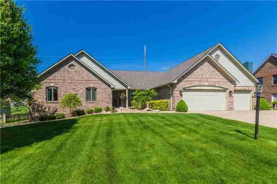 7002 Hunters Ridge Drive PLAINFIELD Four BR, Spacious ranch with