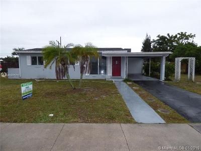 4 Bed 2 Bath Foreclosure Property in Lake Worth, FL 33461 - Mid Pines Rd
