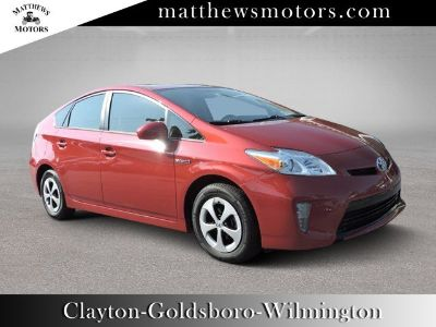 2015 Toyota Prius II (Barcelona Red Metallic)