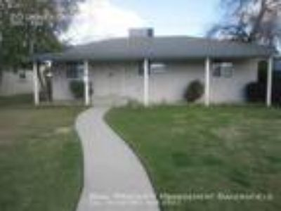 Three BR Two BA In Bakersfield CA 93309