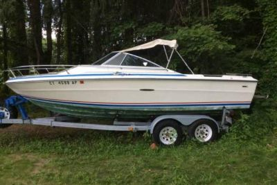 1976 Sea Ray Cuddy