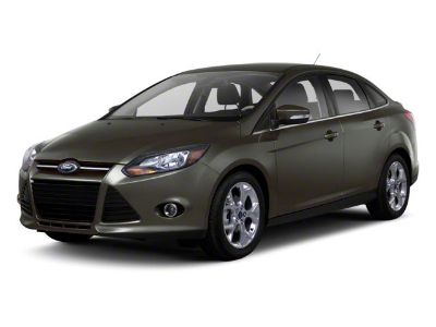 2012 Ford Focus SE (Ingot Silver Metallic)
