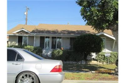 3 bedroom 1 1/2 bath single family home for rent