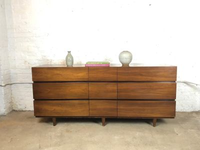 Mid-Century 9 Drawer Dresser in Walnut