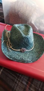 Young girls cowgirl hat