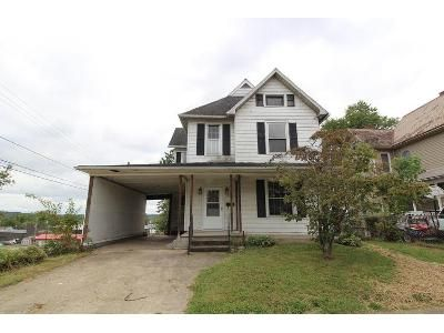 3 Bed 2 Bath Foreclosure Property in Parkersburg, WV 26101 - Virginia Ave