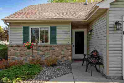 710 Monn Avenue VADNAIS HEIGHTS Two BR, Perfect home for