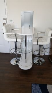 Glass White Bar And Modern Cushion Stools W/ Back