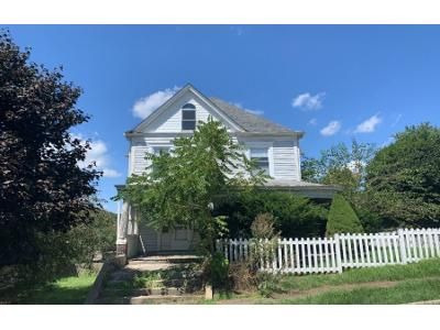 5 Bed 1.5 Bath Foreclosure Property in Apollo, PA 15613 - N 7th St