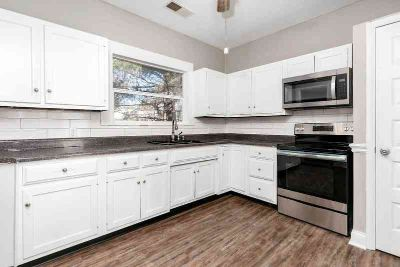323 Bellevue Avenue WILMORE Four BR, Nice remodeled home in .