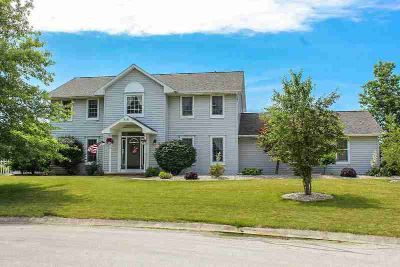 318 Eagle Court OSSIAN Four BR, Not far from Heyerly's Bakery in