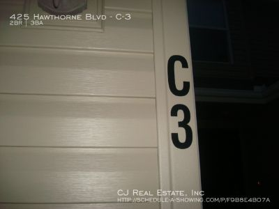 Apartment Rental - 425 Hawthrone Blvd