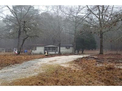 3 Bed 2 Bath Preforeclosure Property in Fort Valley, GA 31030 - Lake Richardson Dr