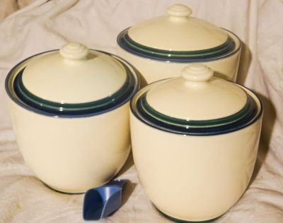 Set of 3 Ceramic Kitchen Canisters