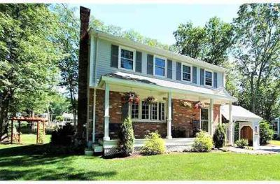 5 Eagle Dr FRANKLIN Four BR, Looking for a worry free home?