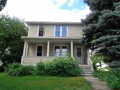 3 Bed 2 Bath Foreclosure Property in Beaver Dam, WI 53916 - Beaver St