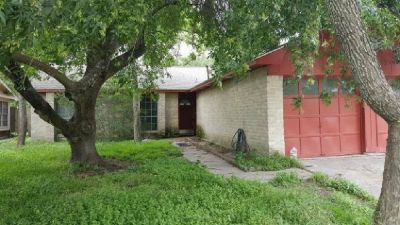 Home w/ Beautiful Tile Flooring and Fireplace For Sale!!Seller Financing!!