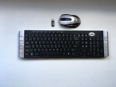 Gear Head 2.4 GHz Wireless Keyboard and Mouse