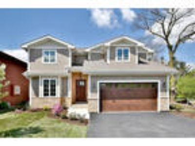 Downers%20Grove Four BR One BA, 5622 Belmont Road Downers Grove