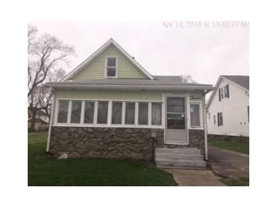 2 Bed 1 Bath Foreclosure Property in Danville, IL 61832 - S Virginia Ave