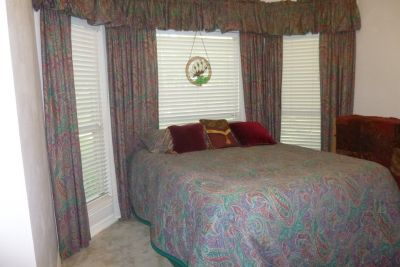 Beautiful Bedroom Set of Linens: Queen Comforter, Drapes, Valances, Rods, Pillow Shams
