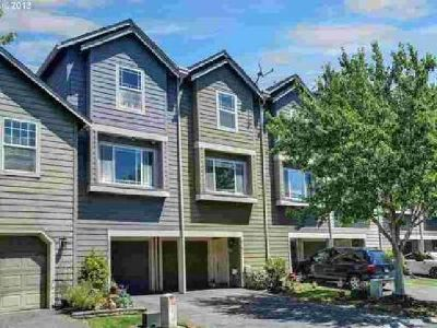 21855 NE Heartwood Cir Fairview Two BR, Terrace townhouse with