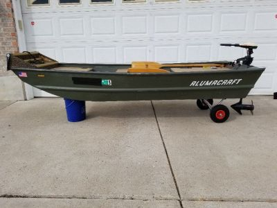 10' Alumacraft Jon Boat Trolling Motor New Battery
