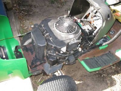 Riding Mower. NO DECK. 25 hp Kohler